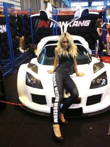 promo girls Auto sport